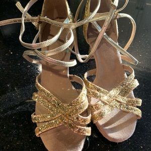 Latin salsa dance shoe